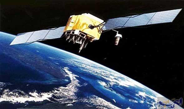 """الإمارات تطلق أول قمر صناعي """"عربي الصنع"""" العام المقبل"""