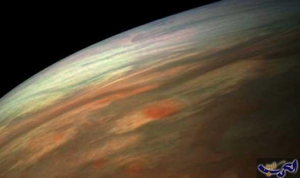 """""""جونو"""" تأخذ صورة رائعة للسحب الغائمة على كوكب المشترى"""