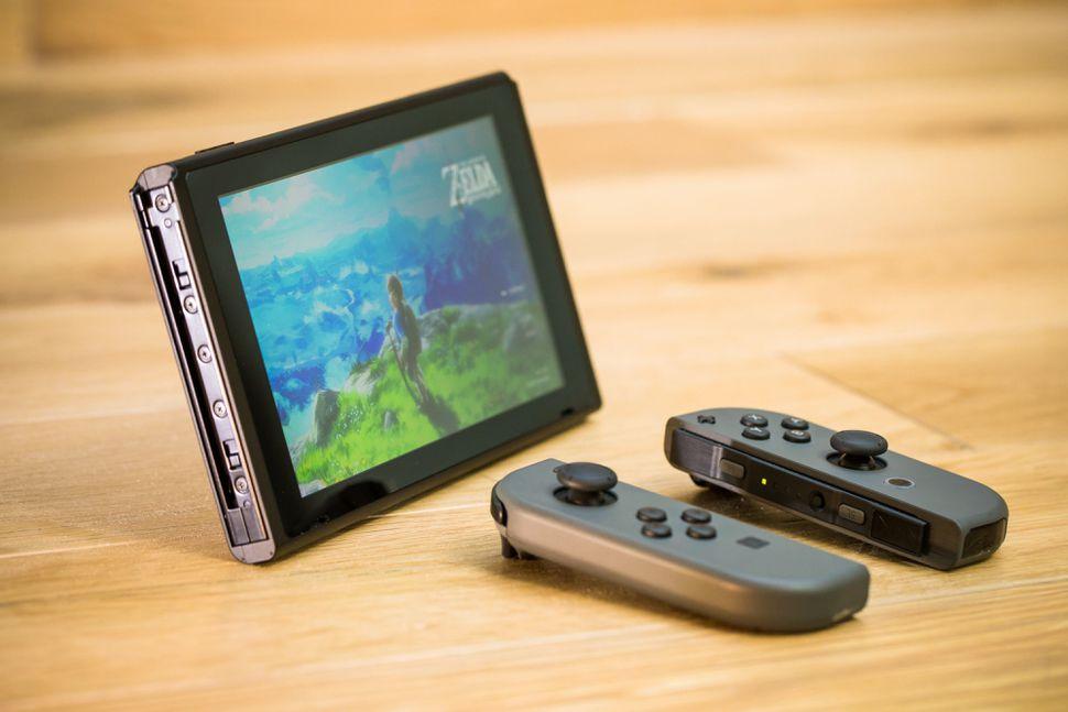 جهاز Nintendo Switch من أفضل 25 اختراعاً لعام 2017 وفقاً لمجلة Time الأمريكية