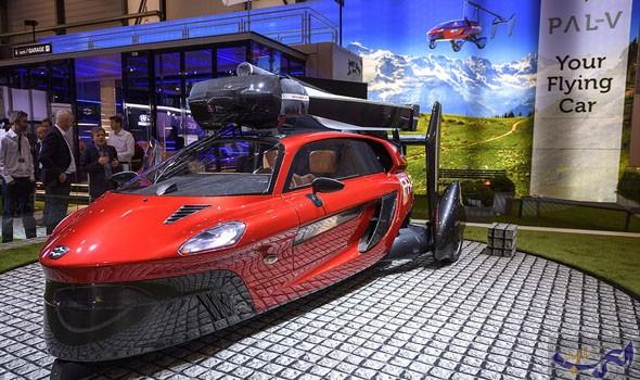 """الكشف عن سيارة """"Pal-V"""" المميّزة والقابلة للطيران بشكل حقيقي"""