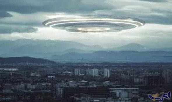"""سُحب غريبة في سماء أميركا اعتبرها البعض """"غزوًا فضائيًا"""" على الأرض"""