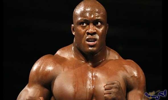"""المصارع بوبي لاشلي يعود لحلبة """"WWE"""" بعد غياب عدة سنوات"""